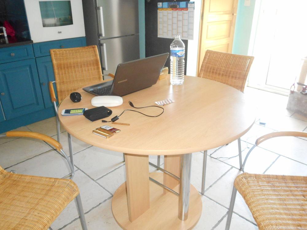 TABLE + CHAISES 60 Douai (59)