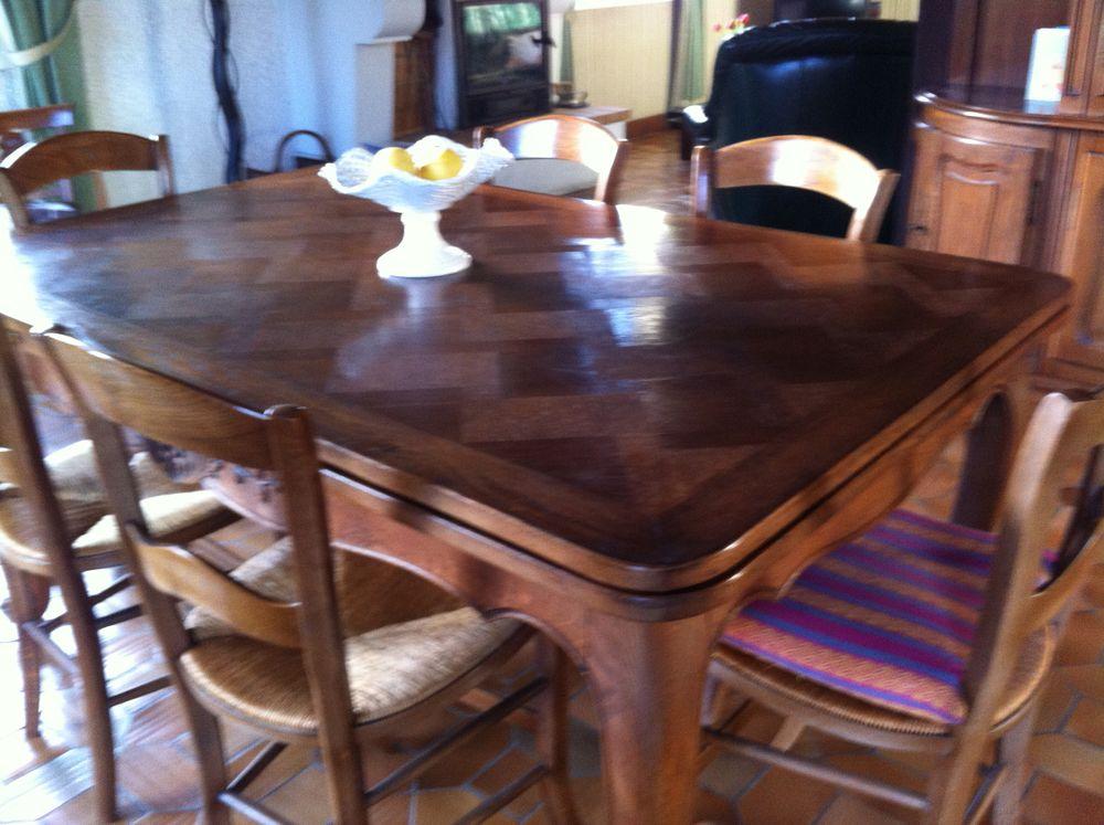 table et chaises 150 La Brède (33)