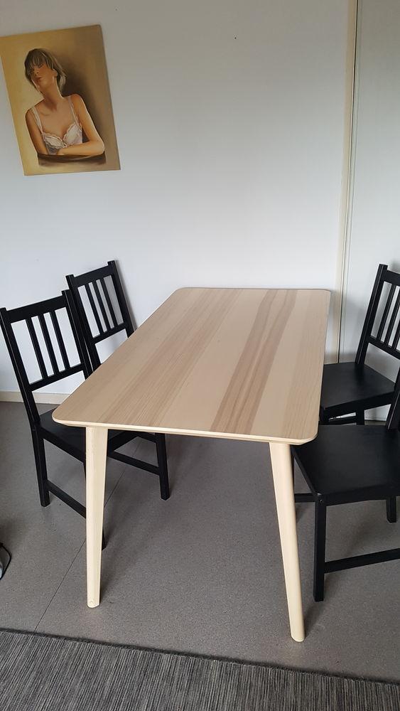 Table + 4 chaises 130 Dinard (35)