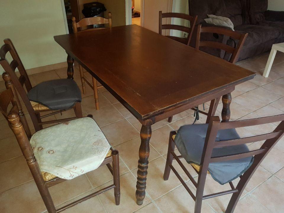 Table +5 chaises 50 Montélimar (26)