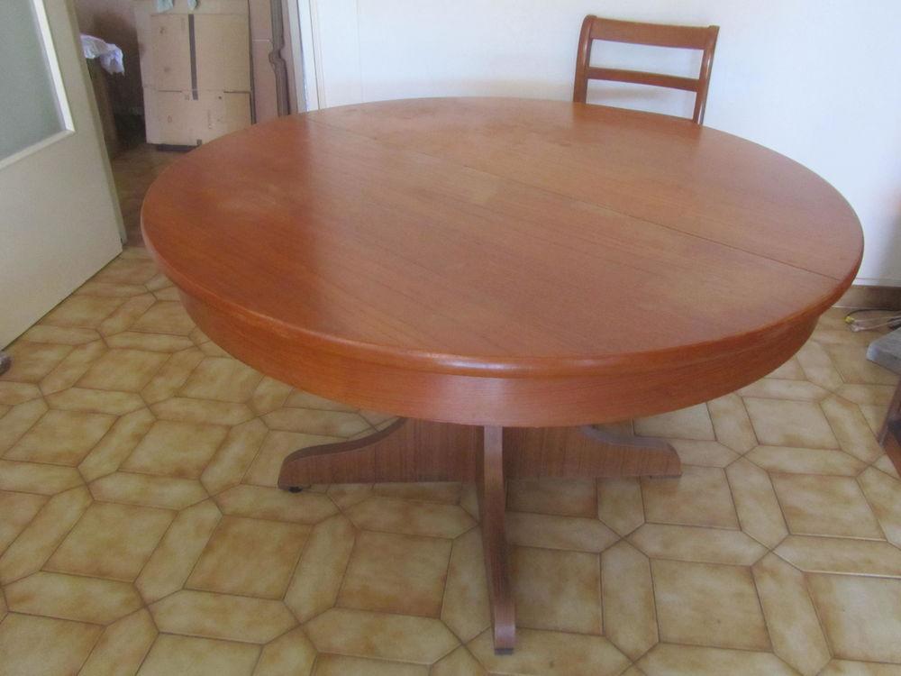 Table et chaises 160 La Trinité (06)