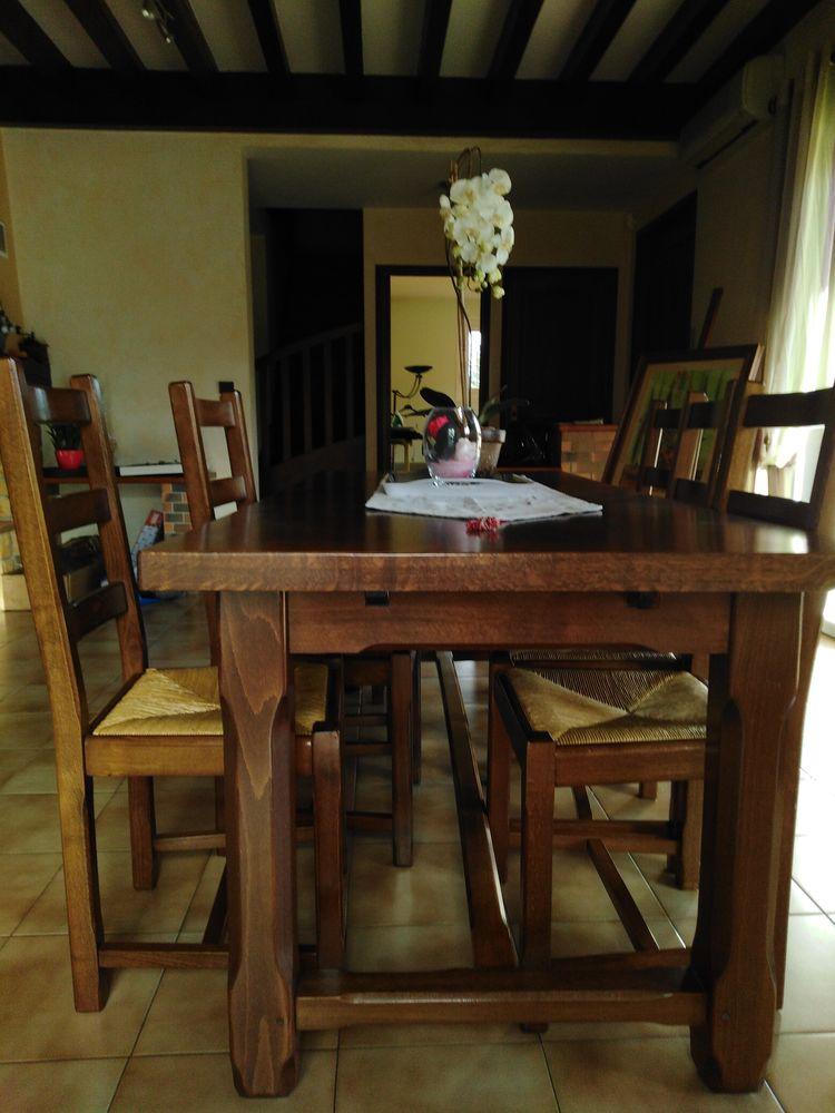 table et chaises 0 Denicé (69)