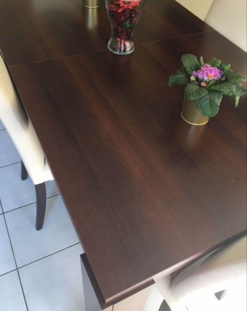 Table et 4 chaises 185 Villeurbanne (69)