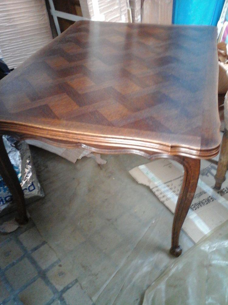 TABLE et chaises 150 Annay (62)