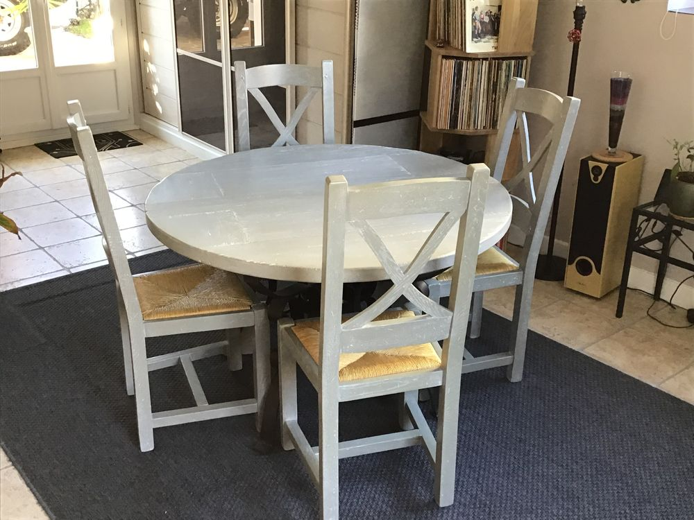 table +chaises 350 Beauchamp (95)