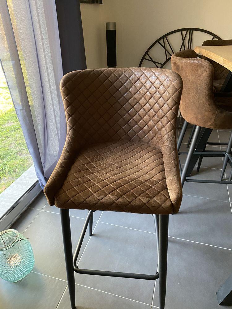Table de bar  + 6 chaises  270 Mont-de-Marsan (40)