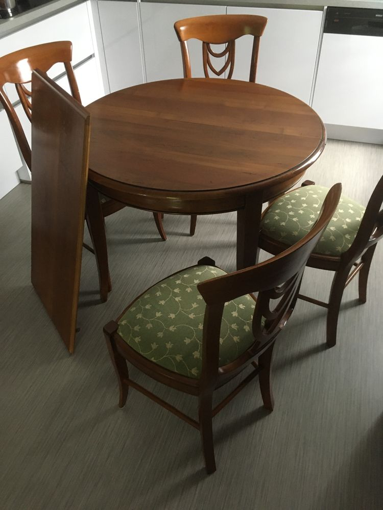 table et 4 chaises 350 Freyming-Merlebach (57)