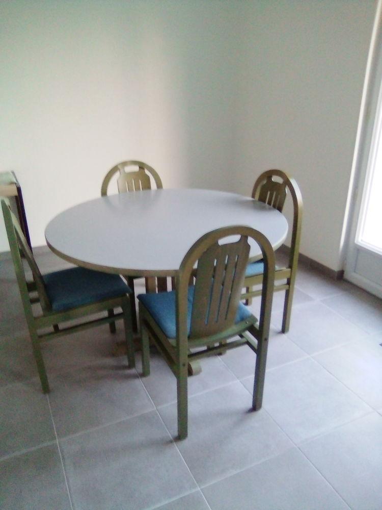 table + 4 chaises 70 Plougasnou (29)