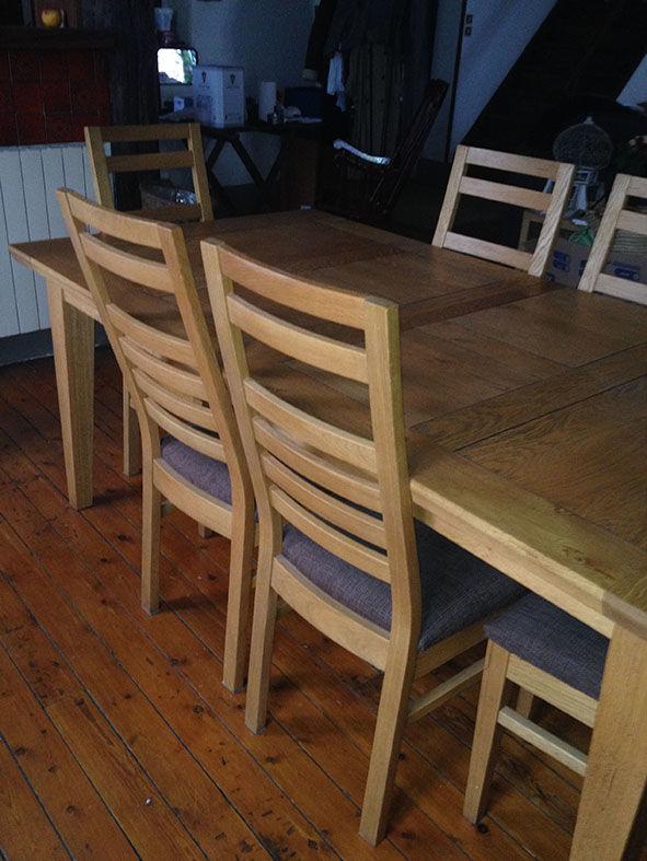 Table en chêne avec 6 chaises 1500 Tain-l'Hermitage (26)