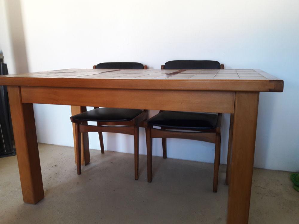 Table en chêne carrelée   150 Marzy (58)