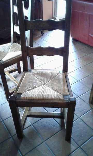 Table en chêne massif et 6 chaises Meubles