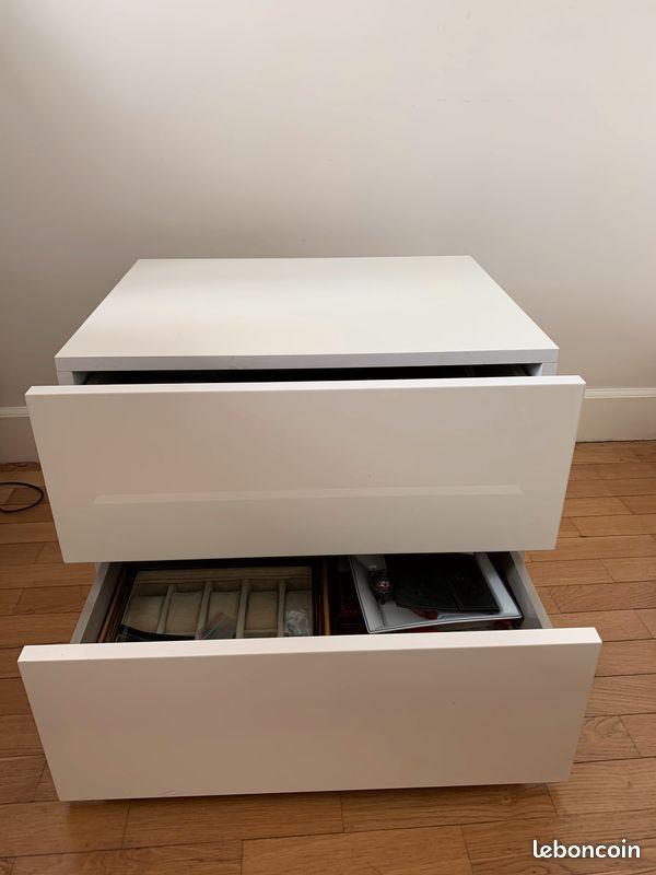 Table de chevet blanc laqué  80 Paris (75)