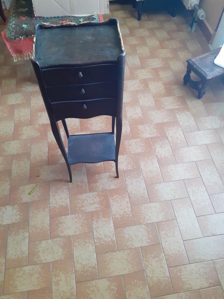 table de chevet 30 La Seyne-sur-Mer (83)
