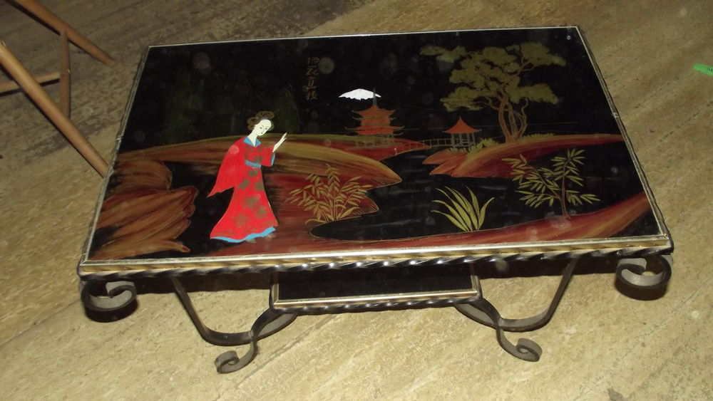 table chinoise en fer forgé 40 Traves (70)