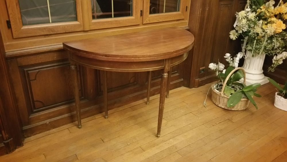 table console transformable en table ronde style Louis XVI  180 Prémilhat (03)