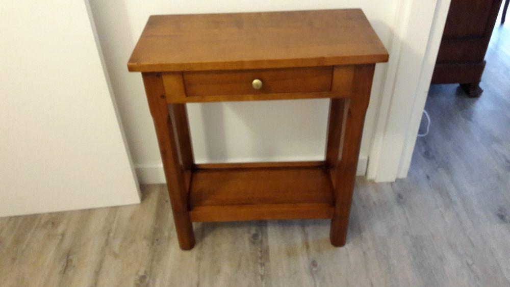 tables console occasion beynes 78 annonces achat et vente de tables console paruvendu. Black Bedroom Furniture Sets. Home Design Ideas
