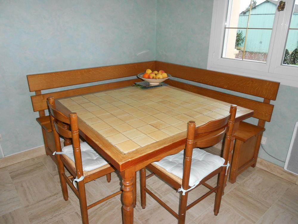 Achetez Table De Cuisine Occasion Annonce Vente à Bonchamp Lès