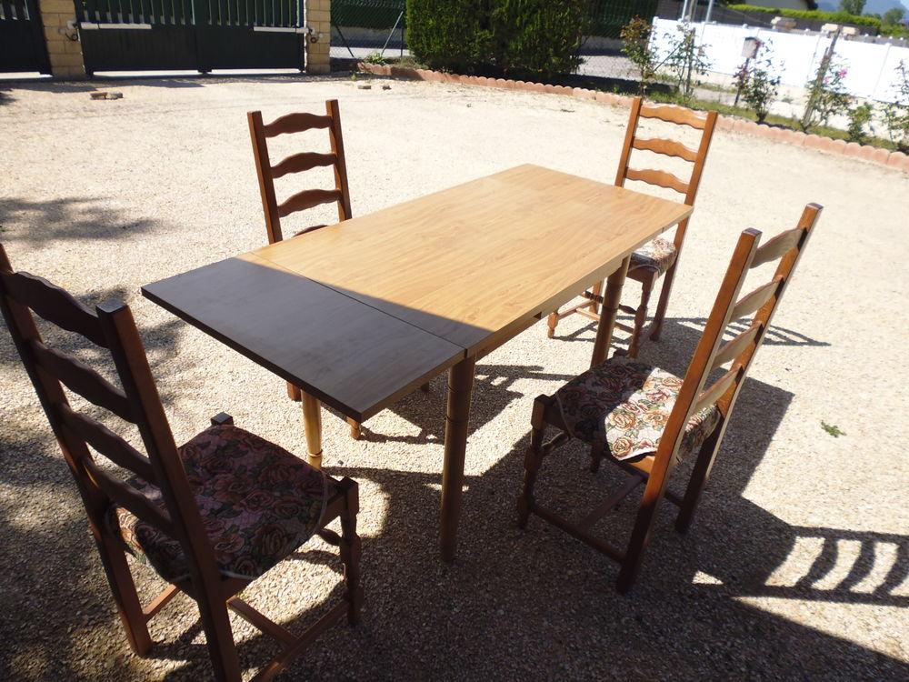 table de cuisine +4 CHAISES Meubles