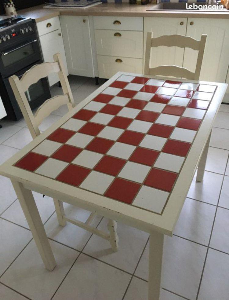 Table de cuisine faïencée 50 Vouillé (79)
