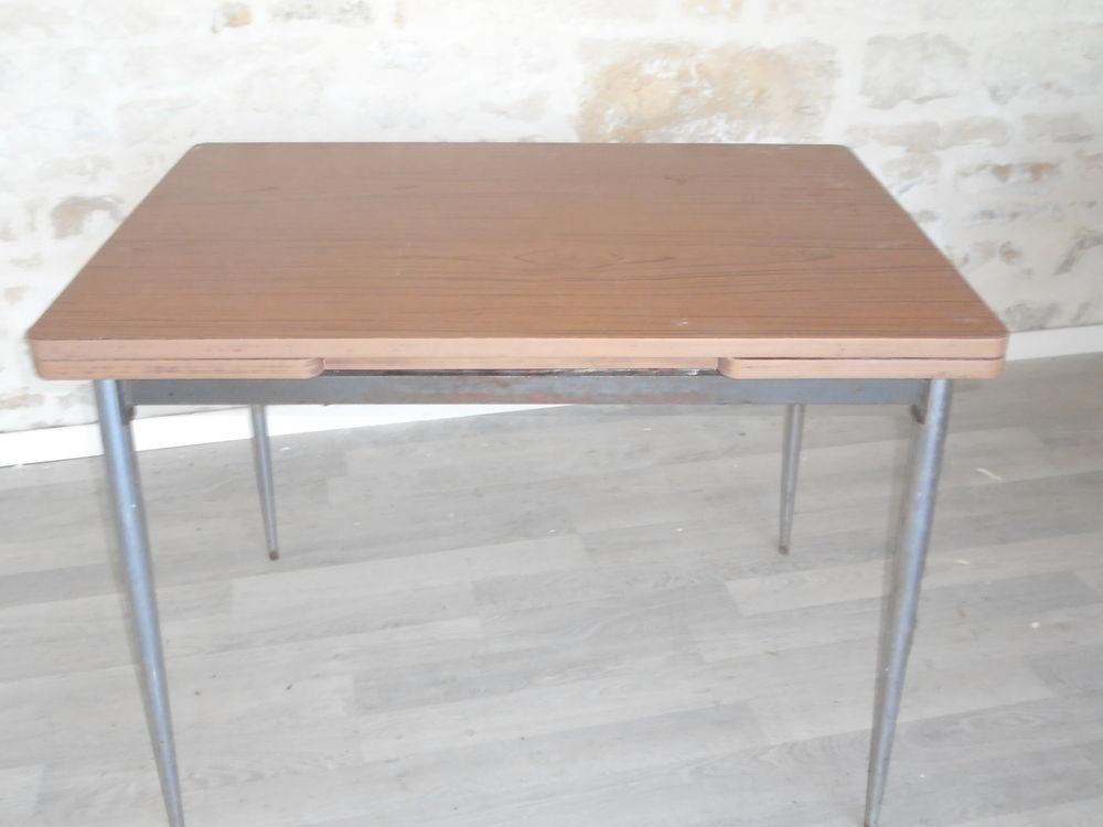 table de cuisine formica extensible 25 Luçon (85)