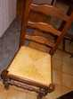 table cuisine pin massif + 5 chaises .  Meubles