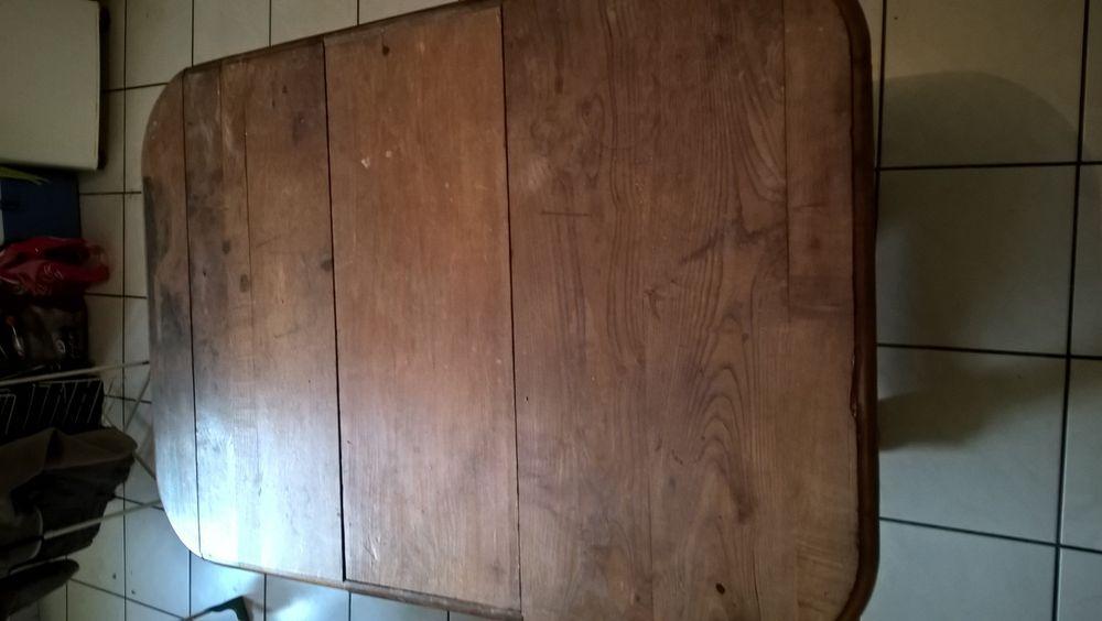 TABLE CUISINE / SALLE A MANGER 200 Montluel (01)