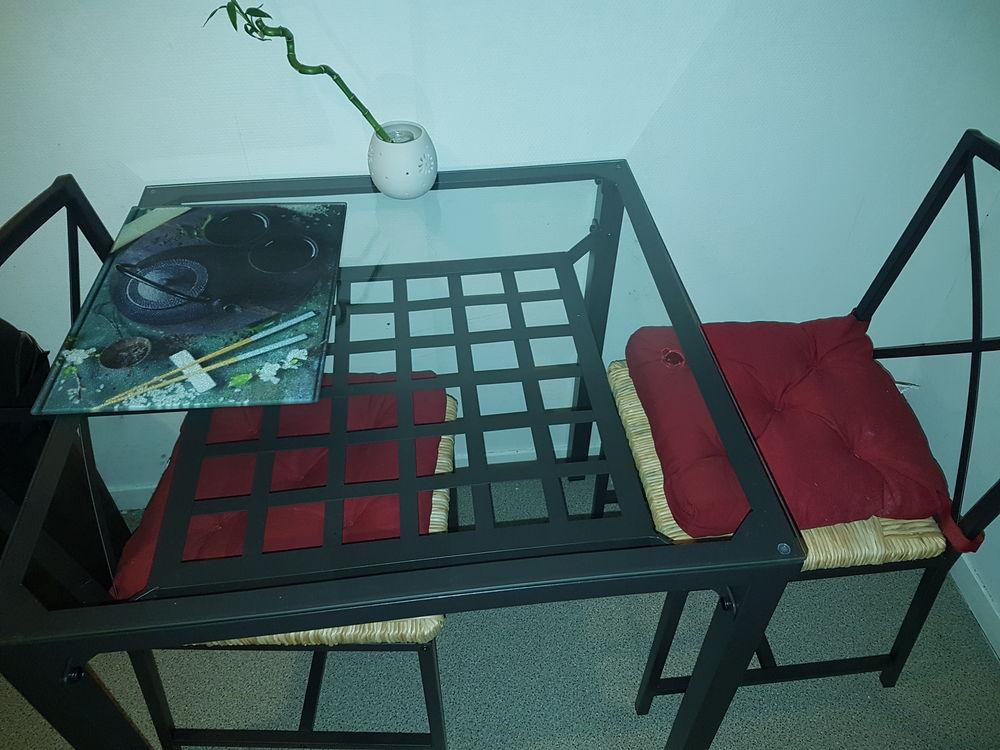 chaises occasion dans la somme 80 annonces achat et vente de chaises paruvendu mondebarras. Black Bedroom Furniture Sets. Home Design Ideas