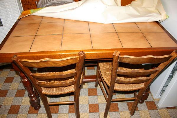 Achetez table de cuisine vd occasion annonce vente for Table de cuisine d occasion