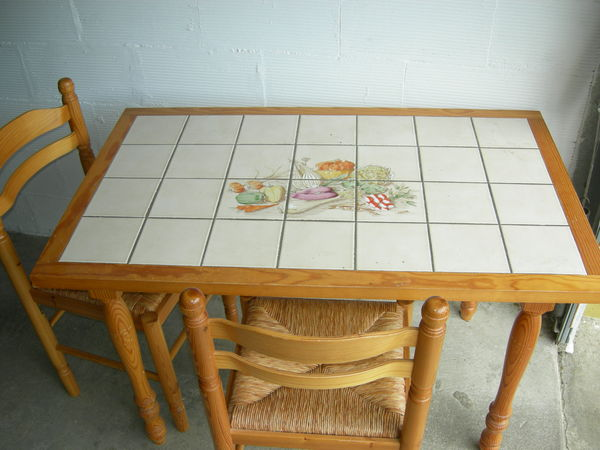 TABLE CUISINE 125 Bron (69)