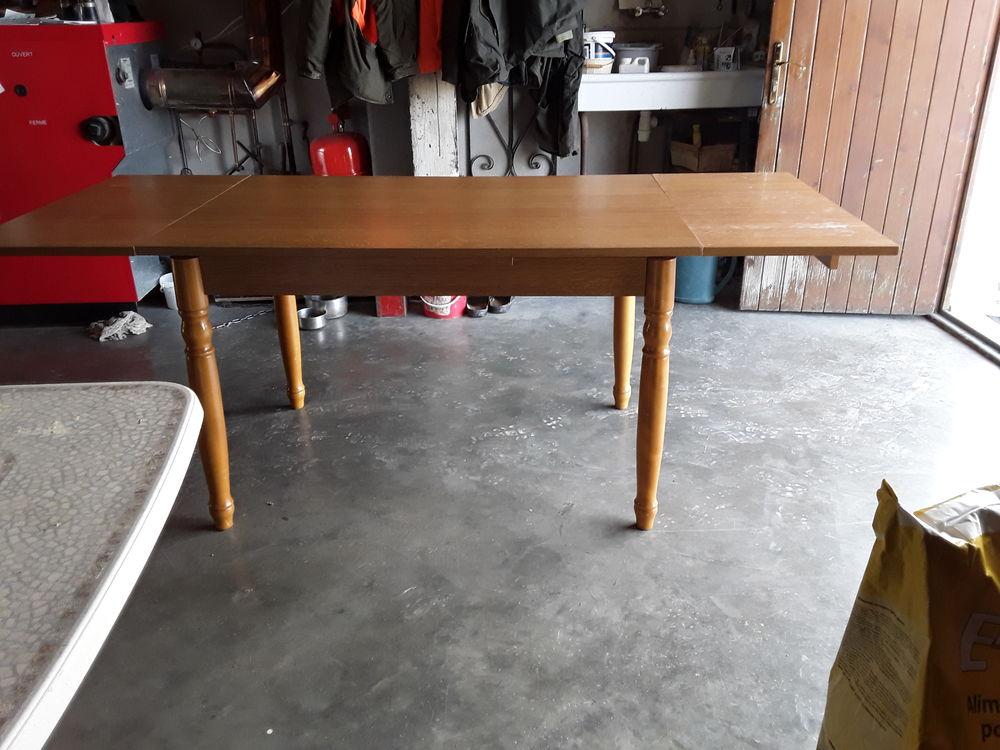 Table de cuisine  80 Étang-sur-Arroux (71)