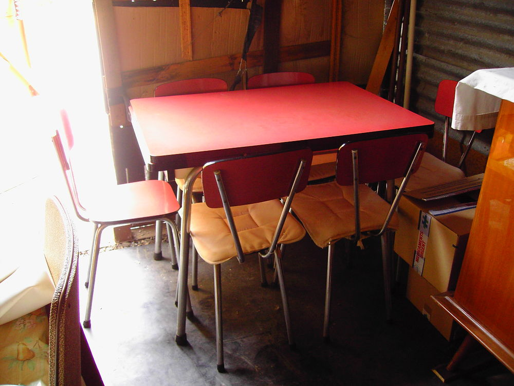 table de cuisine . 0 Montgaillard (09)
