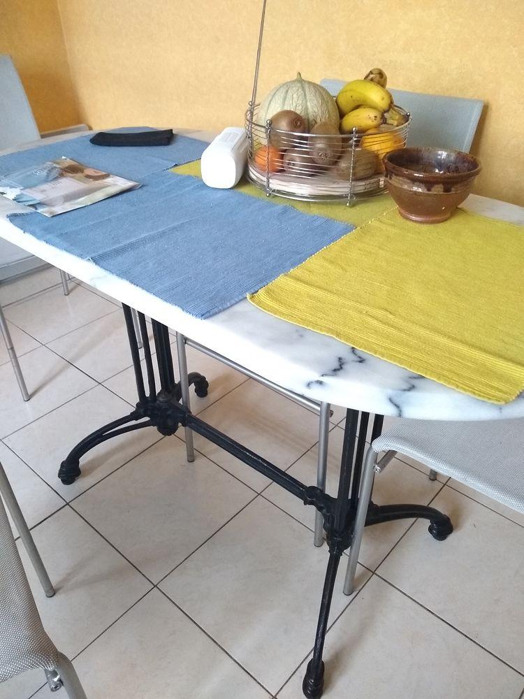 Table de cuisine 0 Bourges (18)
