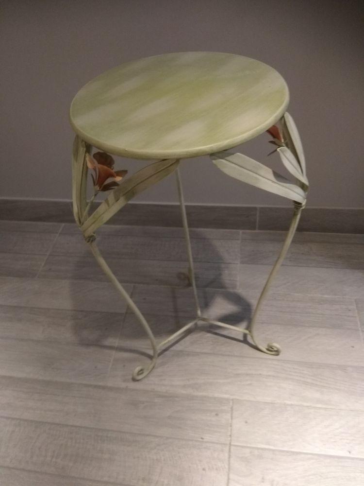 table déco métal peint Décoration