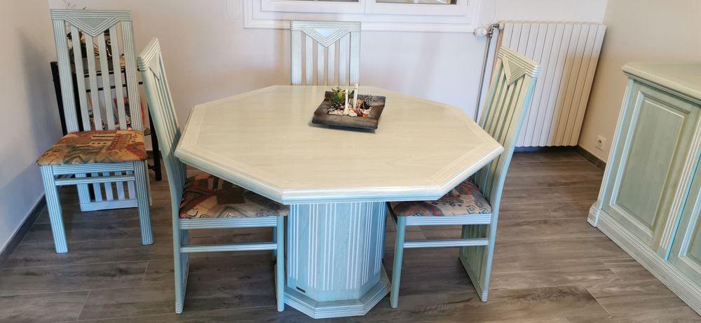 table Delorme + 4 chaises 70 Acigné (35)