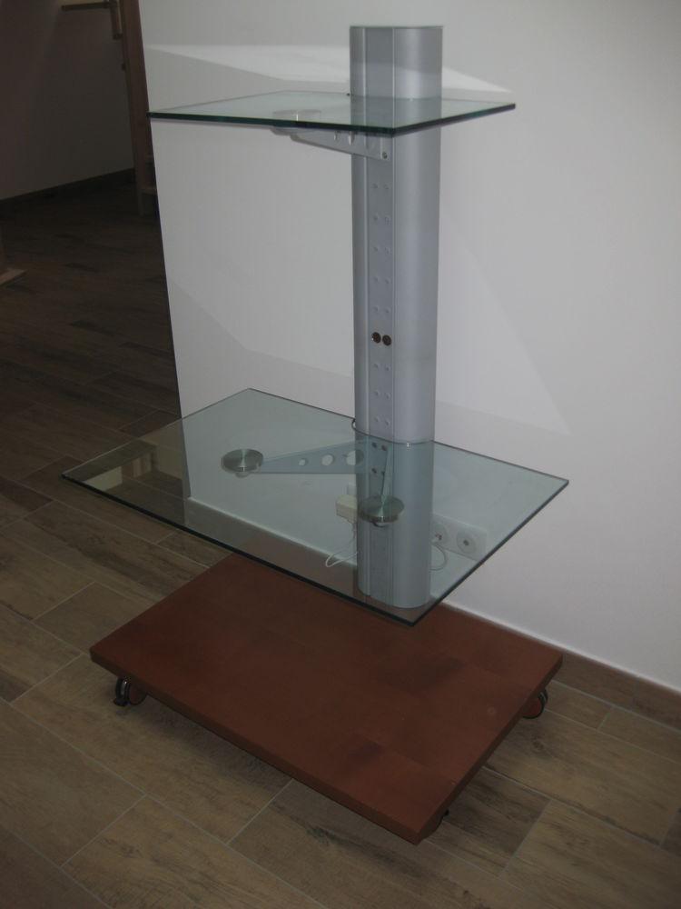 Table Design TV 0 Solesmes (59)