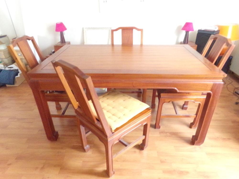 TABLE A DINER asiatique 0 Noisiel (77)