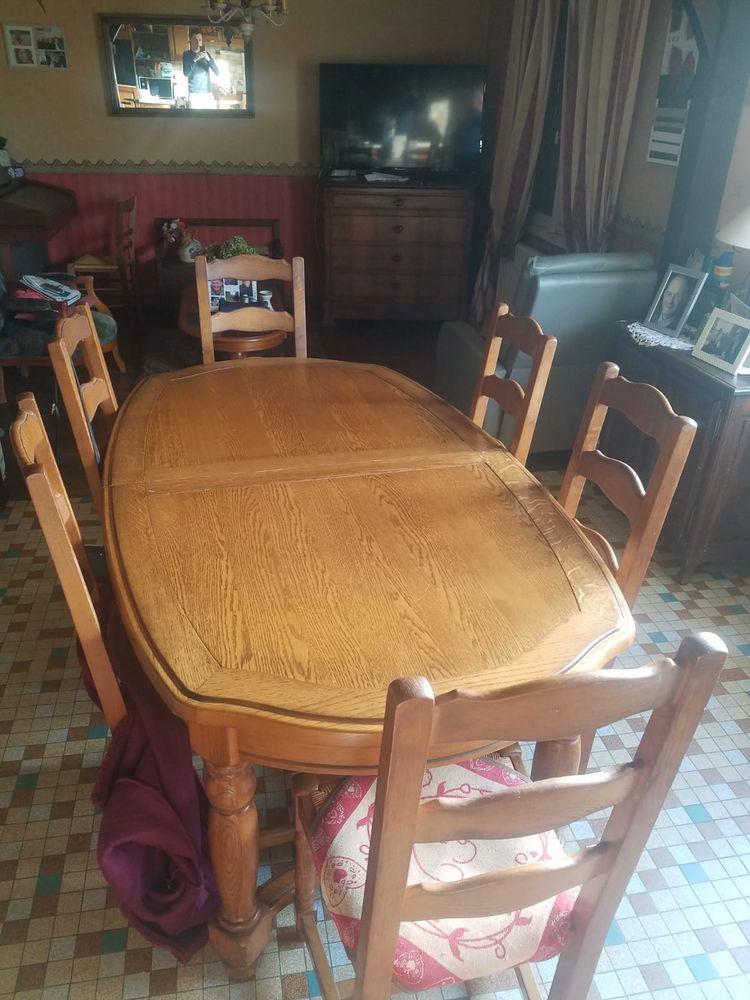 Table excellent état et chaises  0 La Chapelle-Janson (35)