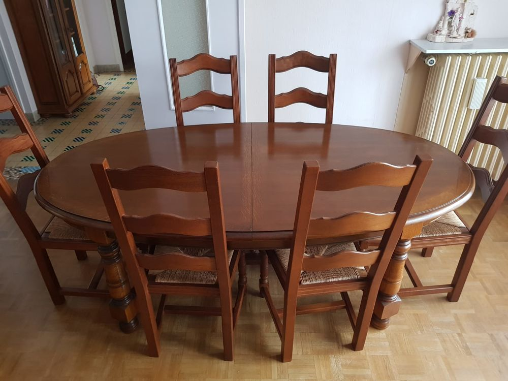 Table extensible + 6 chaises + Buffet - Meubles chêne massif 1600 Drancy (93)