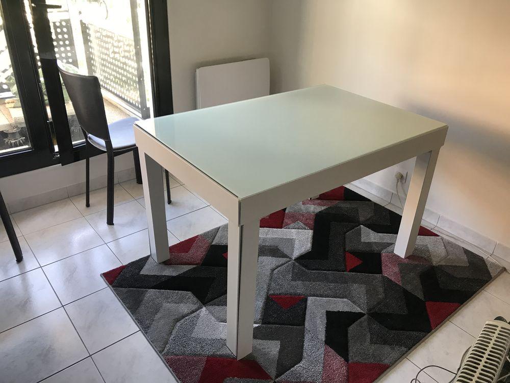 Table extensible à rallonges intégrées 390 Sarcelles (95)
