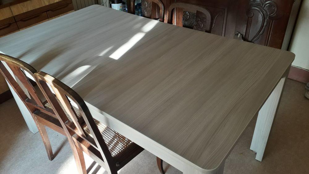 Table fado bois 150 Saint-Maur-des-Fossés (94)