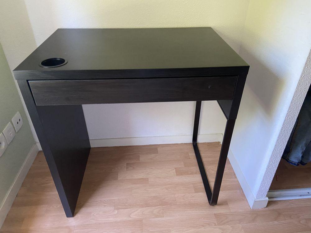 Table + fauteuil  100 Maubeuge (59)