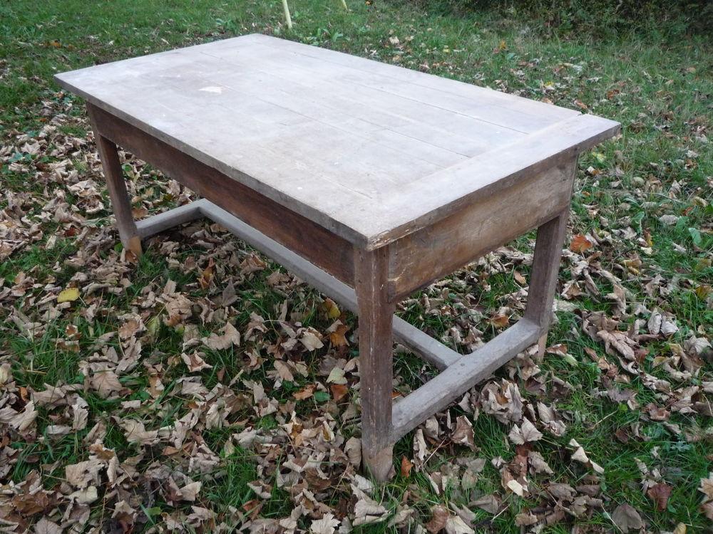 Table de ferme 158cm x 83cm h 75cm h sous tablier 58cm 265 Castres (81)