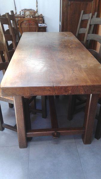 achetez table de ferme et 6 occasion annonce vente la. Black Bedroom Furniture Sets. Home Design Ideas