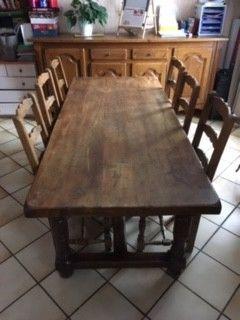 Table de ferme en chêne massif avec huit chaises 400 Dijon (21)