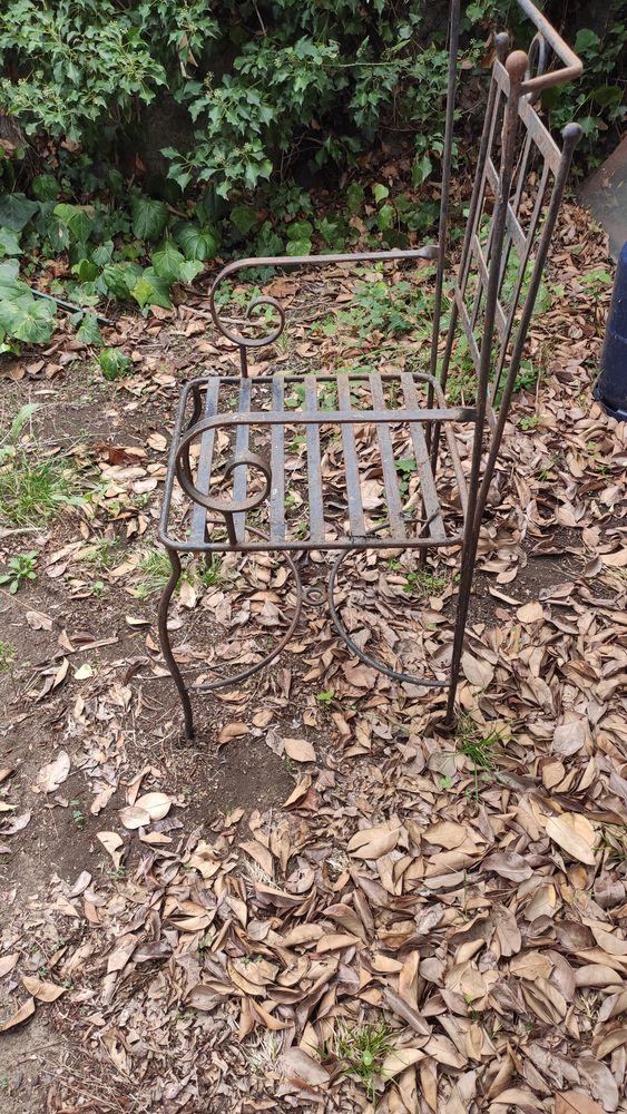 Table fer forgé et 6 chaises 0 Lunel-Viel (34)