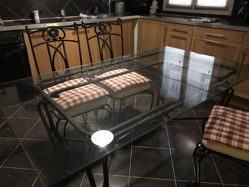 table fer forgé lourd  200 Nice (06)