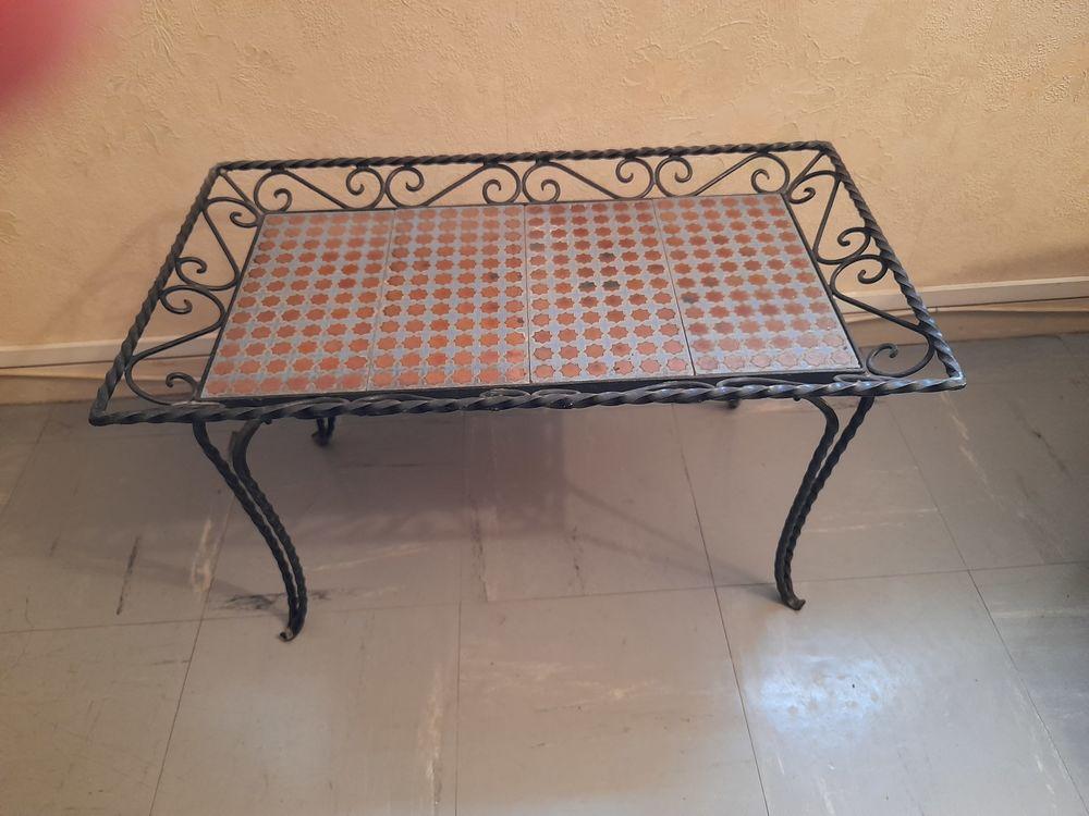 TABLE EN FER FORGE NOIR DE STYLE MAURESQUE 99 Rueil-Malmaison (92)