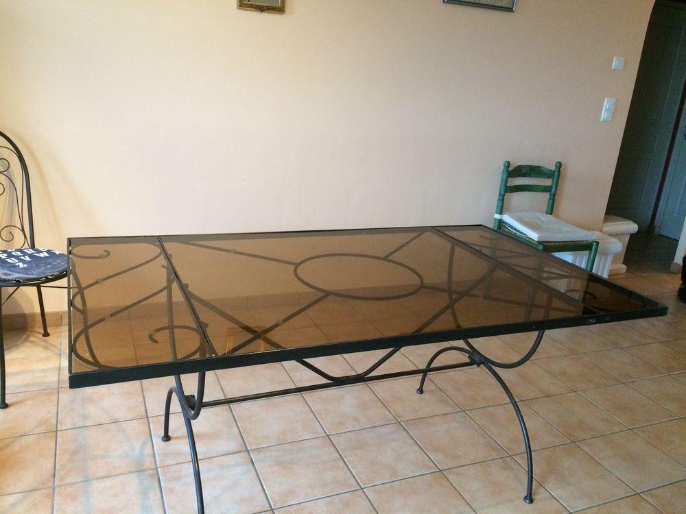Table fer forgé et plateau en verre 35 Nantes (44)