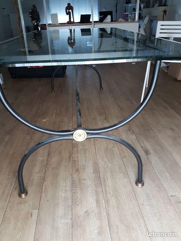 Table en fer forgé et plateau en verre biseauté 2 m 130 Saint-Pierre-du-Perray (91)