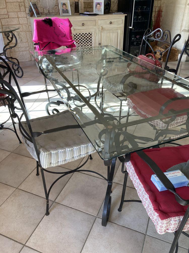 Table en fer forge  0 Le Mesnil-Aubry (95)